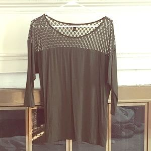 Beautiful illusion 3/4 length forest green top